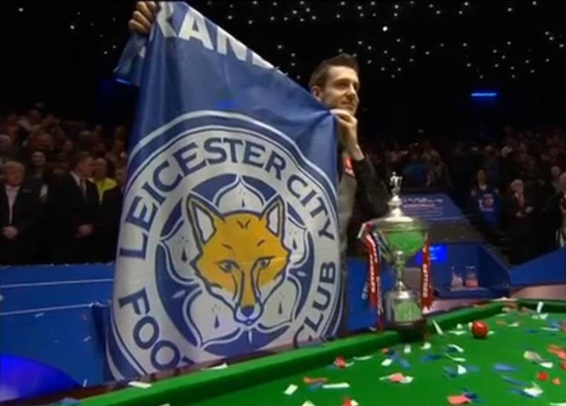 Foto Selby mit Flagge LCFC